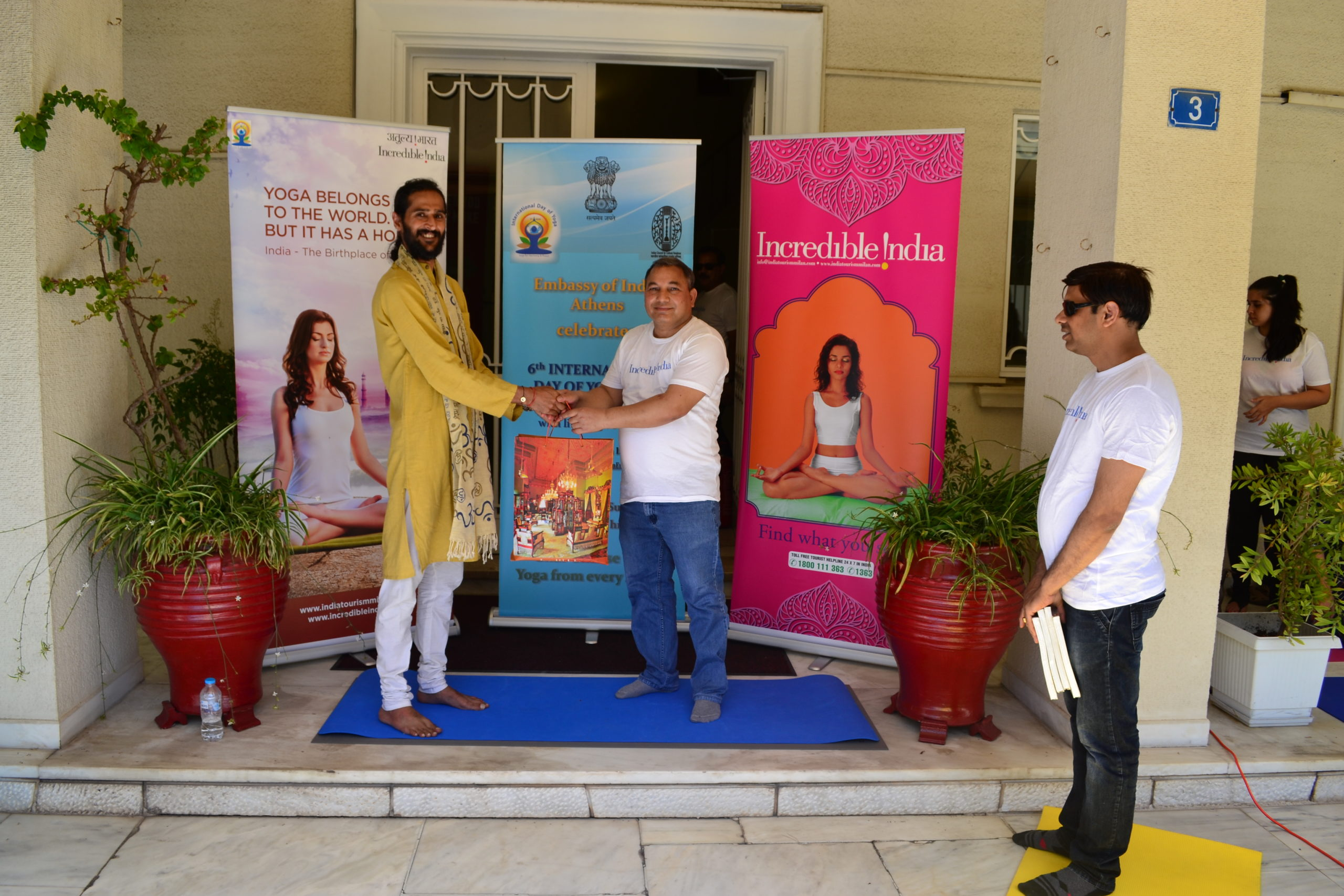 Being honoured by the ambassador of India to Greece after conducting the International Day of Yoga 2020 at the Indian Embassy in Athens, Greece.